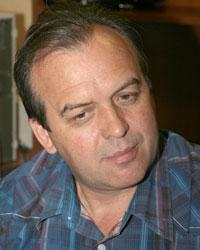 Владимир вайсс официально представлен в качестве главного тренера футбольного клуба сатурн московская область
