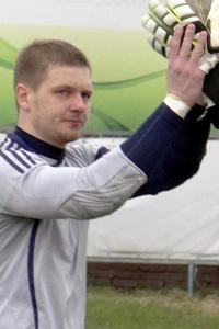 Денис Кулаков: «Играю в воротах, чтобы выручать»
